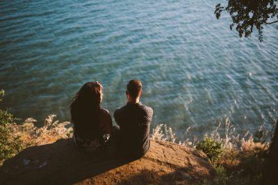 Зависимость происходит от недостатка любви