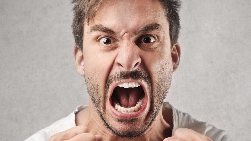 You are currently viewing О работе с гневом (злостью) в рамках сессии в подходе Питера Левина «Соматическое переживание»